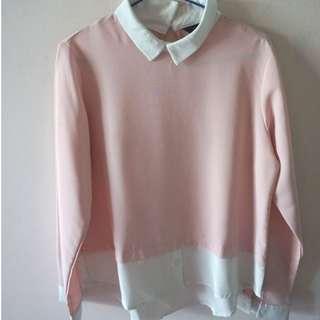 Baju Putih Peach
