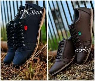Sepatu casual sneaker pria kickers shaka formal