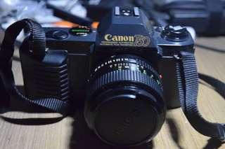 Canon T50 + Lensa Canon 50mm f/1.4 + Casing