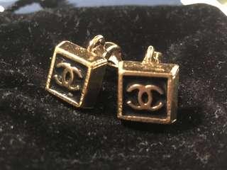 Chanel vintage erring (夾款)
