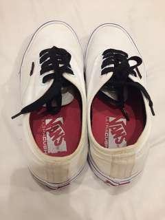VANS Authentic Pro - White (Original Store)