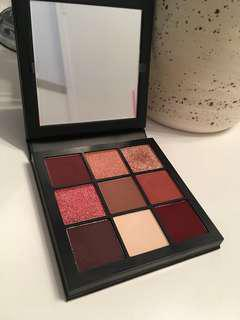 Huda Beauty Magnificent Mauve Palette