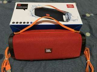 JBL wireless speaker with built in powerbank!