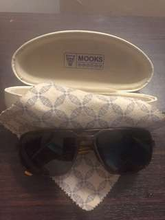 Kacamata hitam merk mooks sunglasses ori