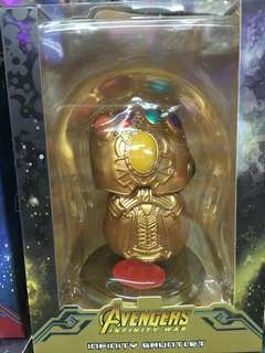 Infinity Gauntlet display
