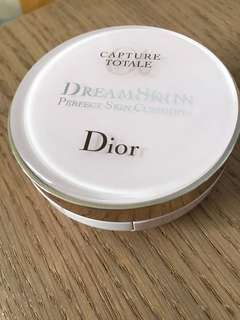 Dior Dreamskin Perfect skin cushion casing