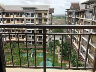 2 bedroom with parking for rent in Birchwood Acacia Estates Taguig