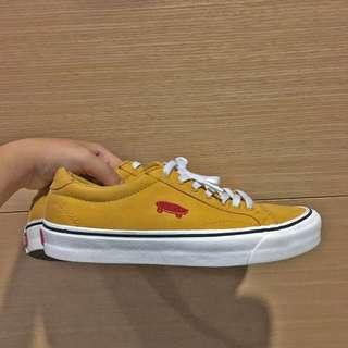 Vans 薑黃色 滑板標示