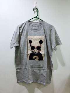 Panda gray tshirt