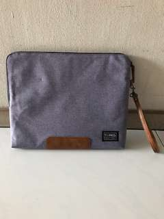 PKG Slouch 13.5 Inches Laptop Sleeve
