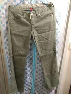 女裝 Uniqlo S001 chino jeans militray green 牛仔褲