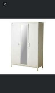 Ikea bruseli white wardorbe