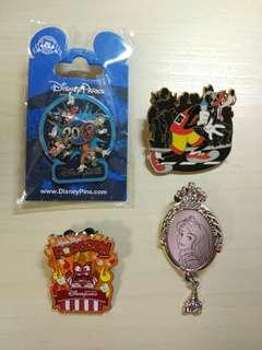 Disney pin 迪士尼襟章徽章四個