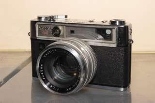 Yashica Lynx 14e Rangefinder Camera