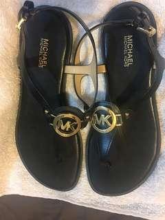 Michael Kors 經典夾腳涼鞋