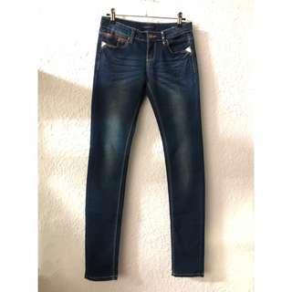 🚚 韓版超顯瘦小管彈性牛仔褲