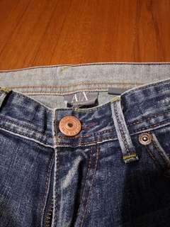 🚚 精品專櫃名牌ARMANI EXCHANGE牛仔褲,size M(腰W28.襠21cm.褲長L37(95cm))