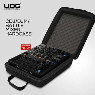 UDG CDJ/ DJM/ Battle Mixer Hardcase Black MK2 Fits: Denon SC5000 Prime, Pioneer CDJ-2000NXS2, DJM-900NX2, DJM-250MK2, XDJ-1000MK2, Allen & Heath Xone PX5, Xone 43 C or similar size mixers and cd-players
