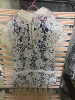 Tops lace