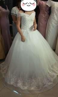 Preloved White Wedding Gown