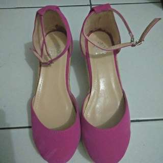 NEW Tictactoe Pink Wedges