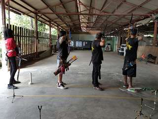 Archery Funshoot ( Archery Indoor Shooting Range 20M )