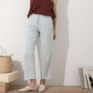 BOGA夏天完全穿得住的薄款丹寧直筒褲S