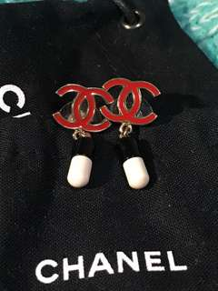 Chanel Earrings Pills Special Edition 設計特別