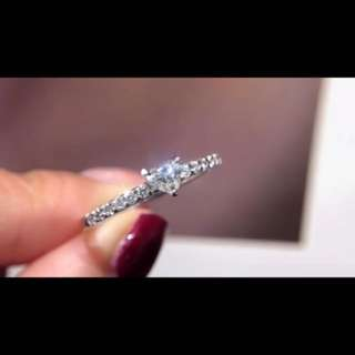 18k 心形鑽石戒指💍