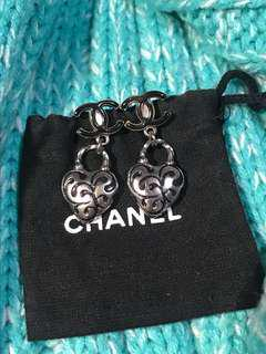 真品 Chanel HEARTS Drop Charms Earrings 心心耳環