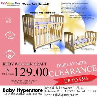 RUBY WOODEN CRAFT (DENMARK) - Convertible baby cot