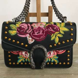[Gucci -inspired] Small handbag with lovely rose embroidery (used only once!) (Not Coach)