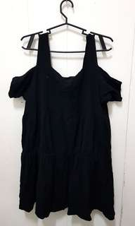 Preloved cold shoulder mini dress