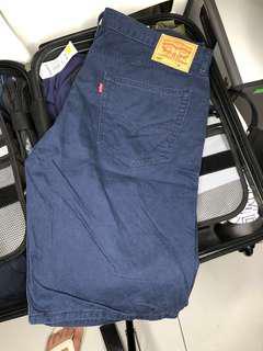 Levis 505 short pants size 38