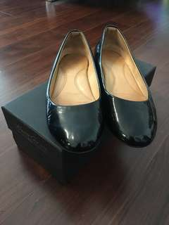 Kenneth Cole Flats Patent Black Shoes