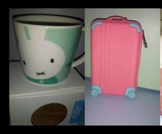 Coin wallet and mug