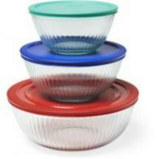 Pyrex 6 pc Glass Mixing Bowls Set