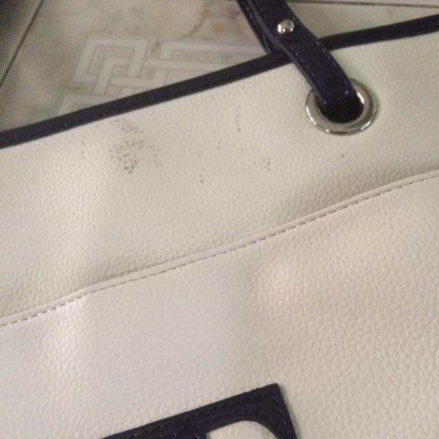 Authentic BN Tommy Hilfiger Bag
