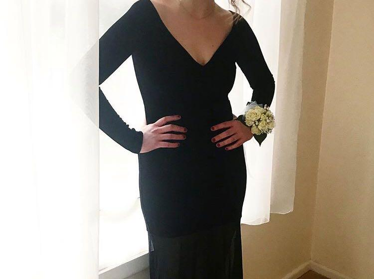 Black formal dress only worn once for event