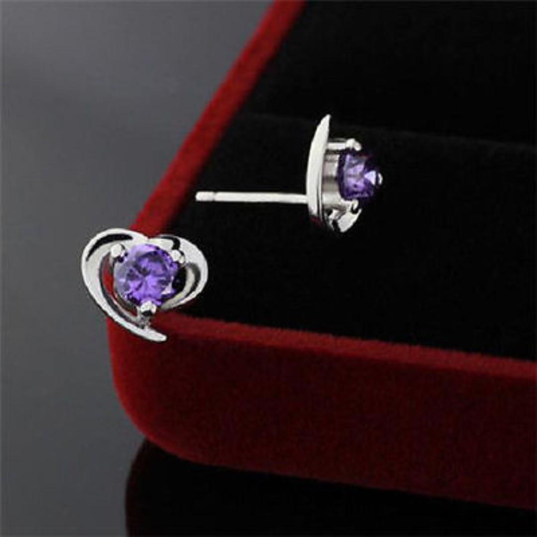 BN 1Pair Women Elegant Silver Plated Heart Crystal Stud Earrings [MJN104]