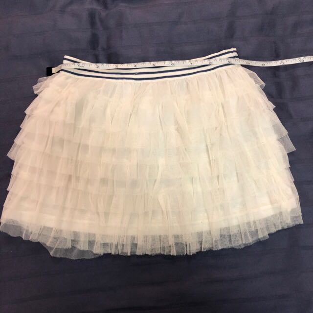 aa6bfa4eee48 Gingersnaps white tulle skirt size 6 used, Babies & Kids, Girls' Apparel, 4  to 7 Years on Carousell