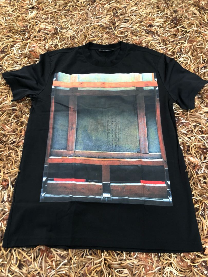aa9bfa20 Givenchy Tee, Men's Fashion, Clothes, Tops on Carousell