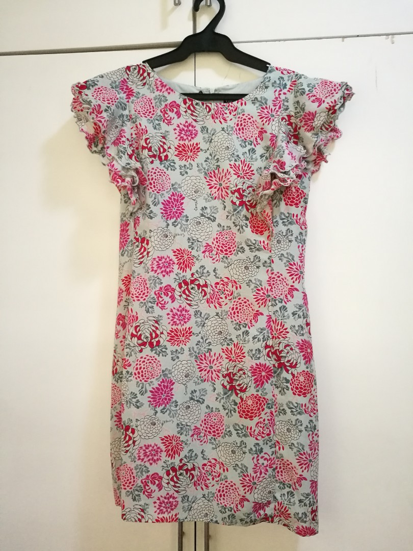 dd28e834a5 Oasis floral dress (semi formal)