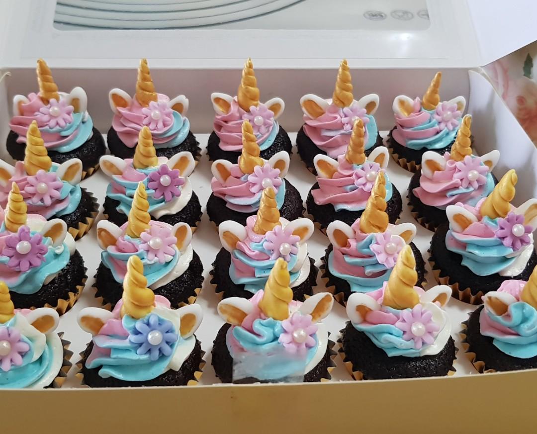Unicorn Birthday Cake Set Food Drinks Baked Goods On Carousell