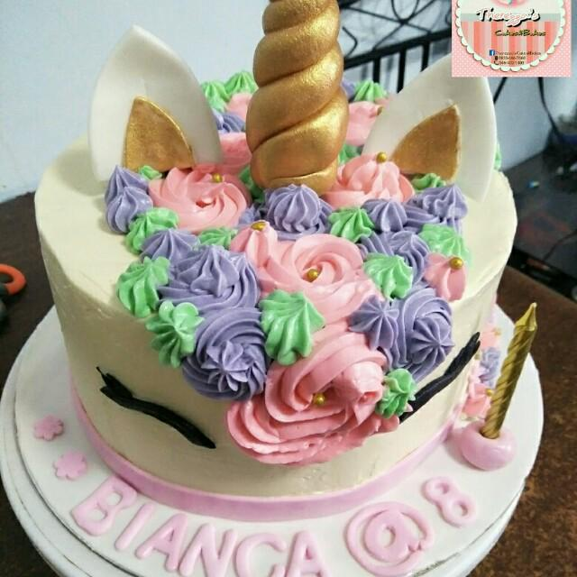 Unicorn themed cake, Food & Drinks on Carousell