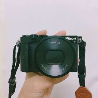 🚚 📷 NIKON J5 📷 微單眼 類單眼 相機 送 讀卡機 腳架 背帶