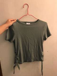 sixty eight 軍綠色短袖綁繩 t shirt