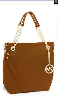 Michael Kors Jet Set Chain bag