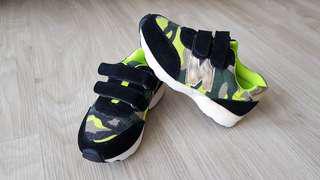 NEW BALANCE (Replica) Boys Velcro Sneakers