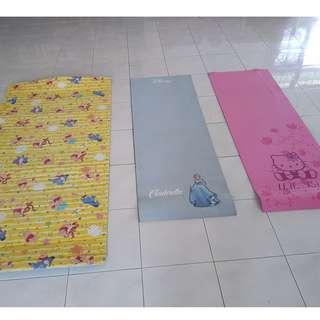 Matras Yoga Fitness Anak Hello Kitty